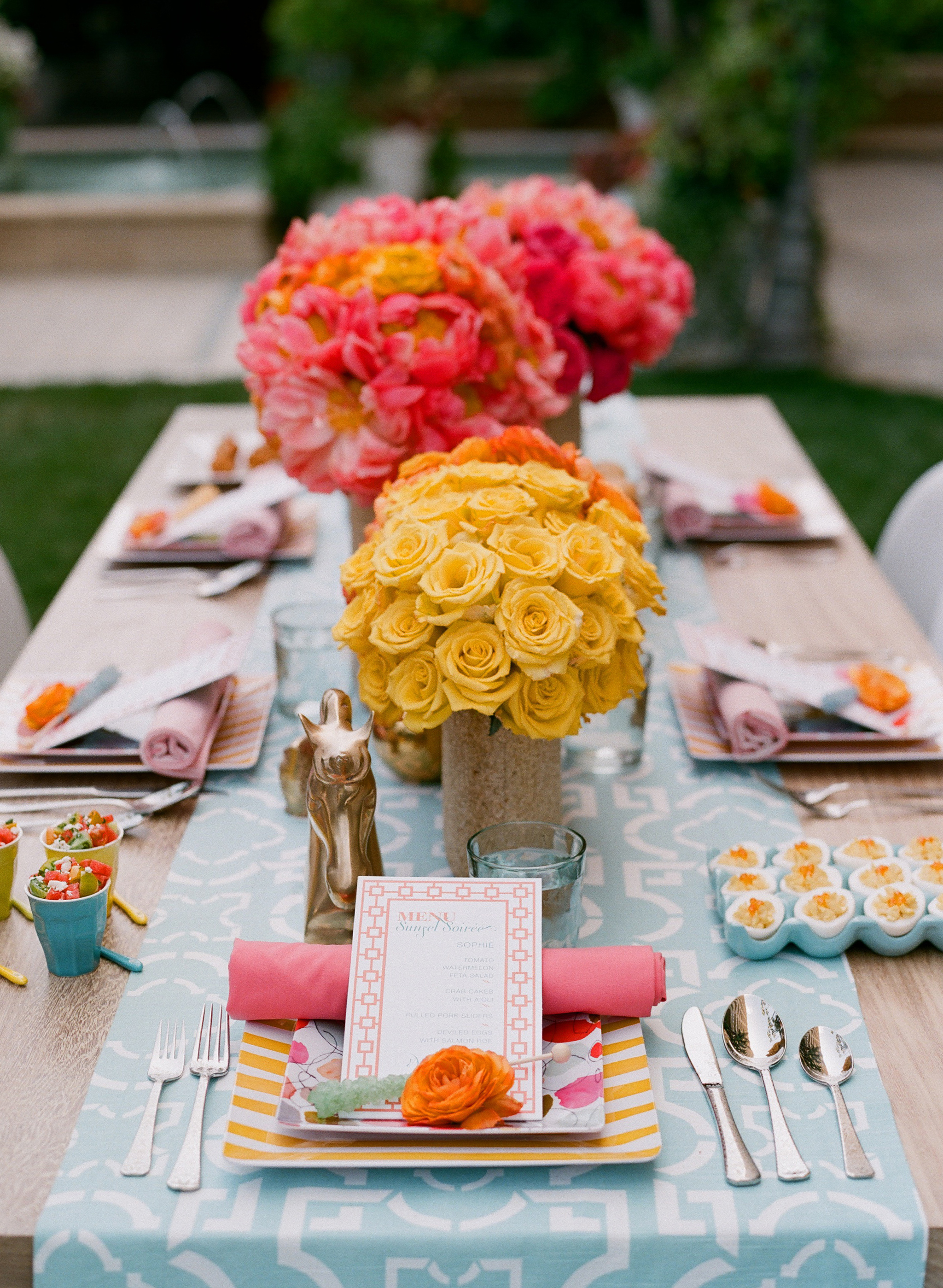 spring table runner wedding