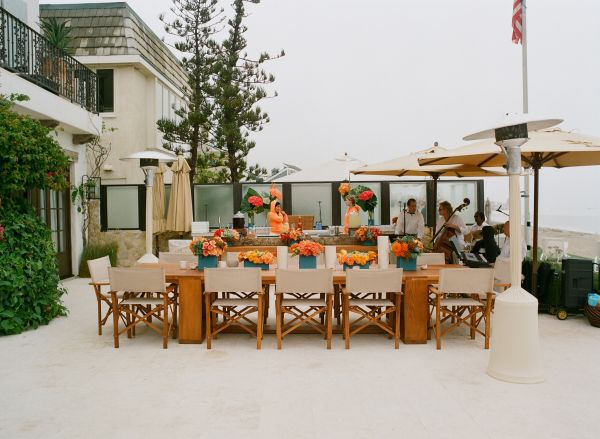 Post wedding coral and turquoise brunch inspired by this for Outdoor brunch decorating ideas