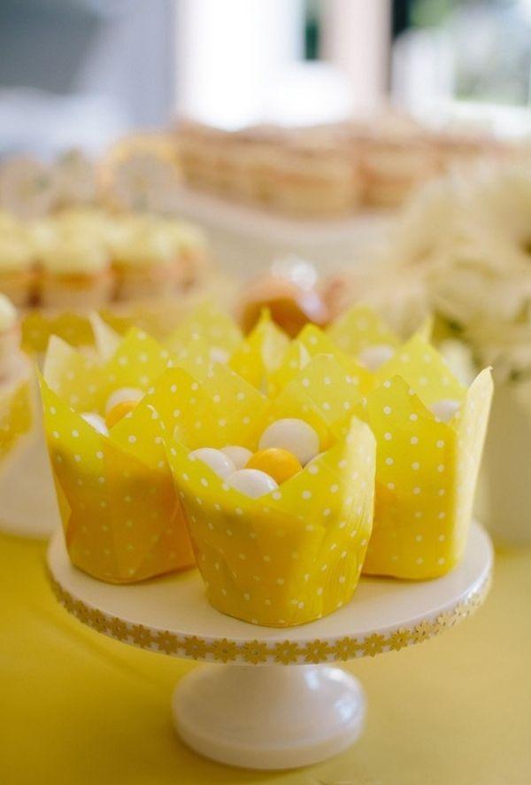 Martha stewart daisy wedding
