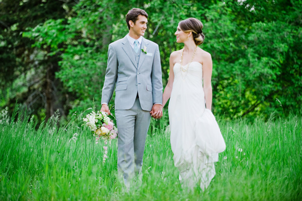inspired by this utah summer wedding photo shoot inspired by this. Black Bedroom Furniture Sets. Home Design Ideas