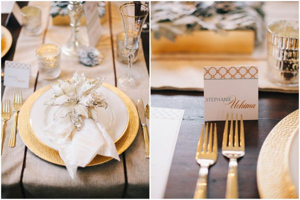 Christmas place setting, gold and white design  Sparkles .
