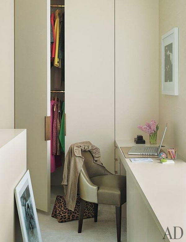 item10.rendition.slideshowWideVertical.david-mann-nussbaum-new-york-apartment-10-dressing-room