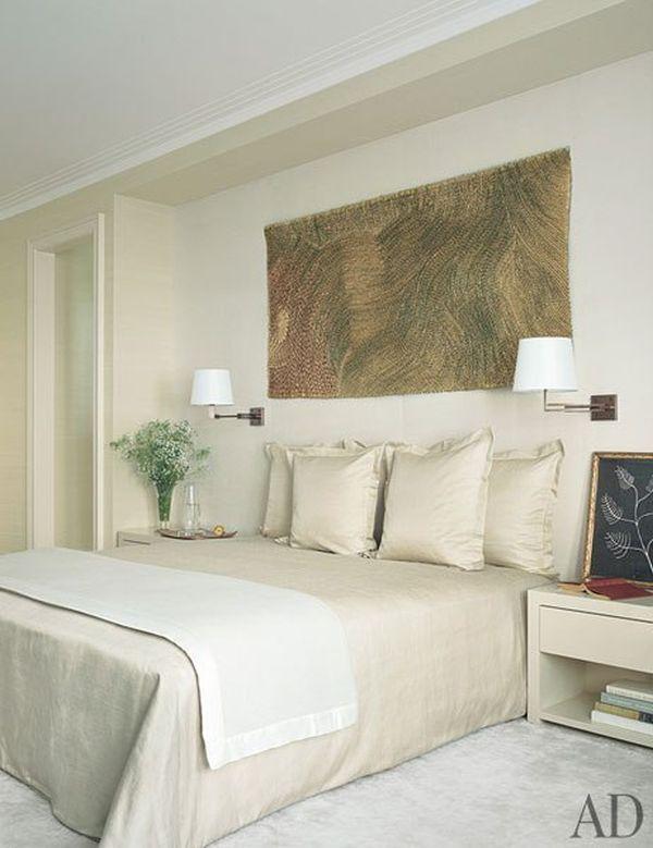 item8.rendition.slideshowWideVertical.david-mann-nussbaum-new-york-apartment-09-master-bedroom