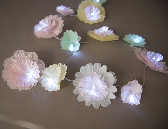 Flower Lights Diy Diy Backyard Flower Garland