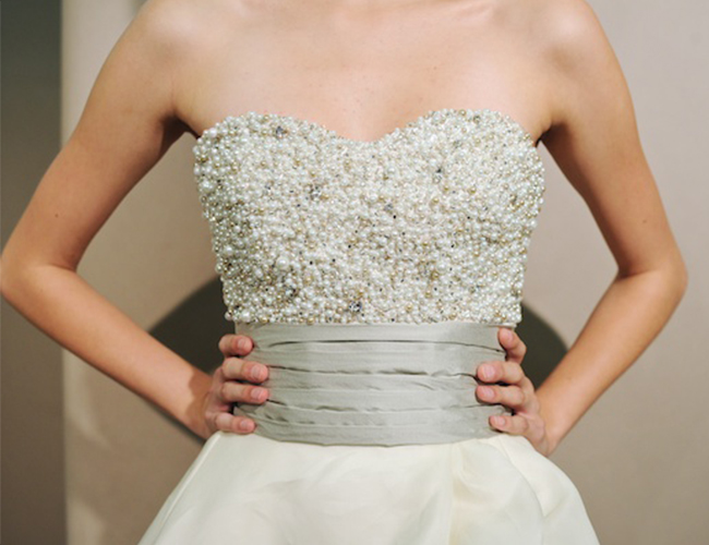 Shop your wedding gown from mon amie bridal salon for Mon amie wedding dresses