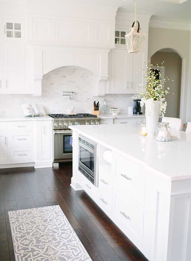 J Right Homes Kitchens With White Cabinets